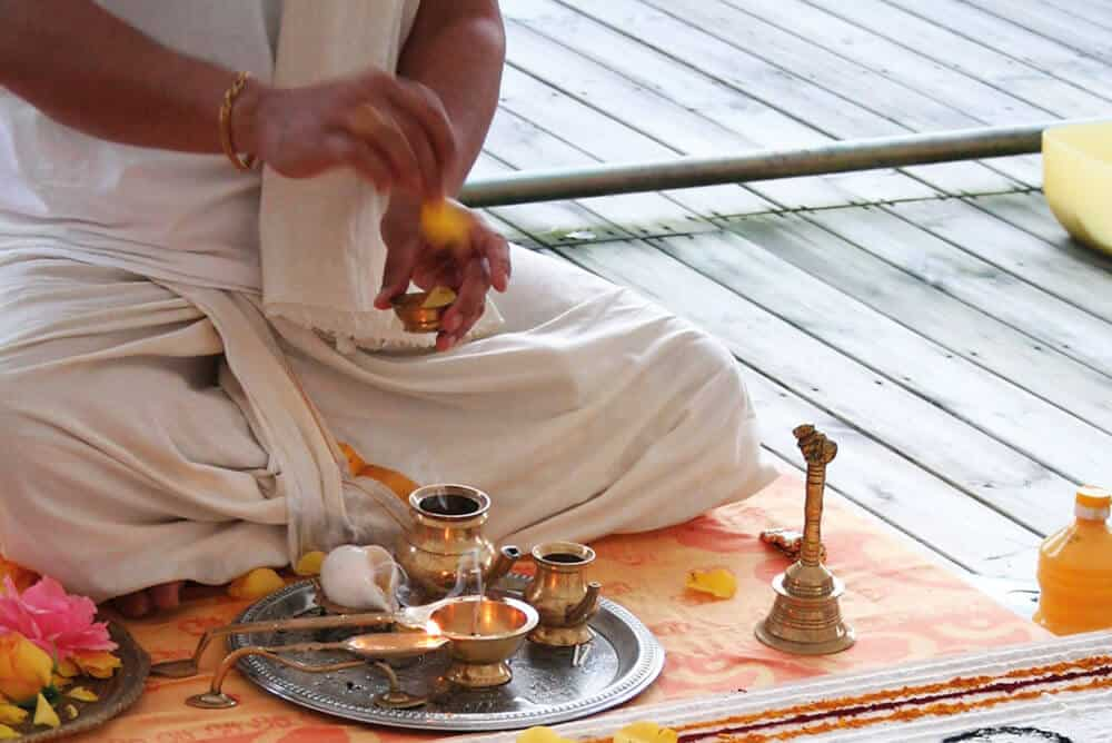 Puja - learn South Indian Temple Ceremonies