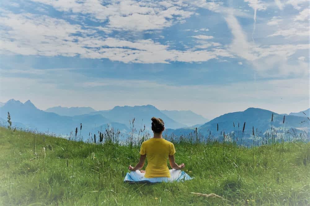 Online Live Group Meditation